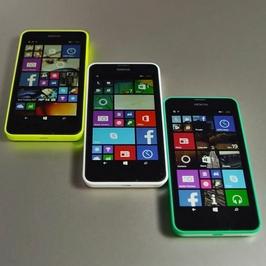Smartphone Nokia Lumia 635 - Mobil v různých barvách